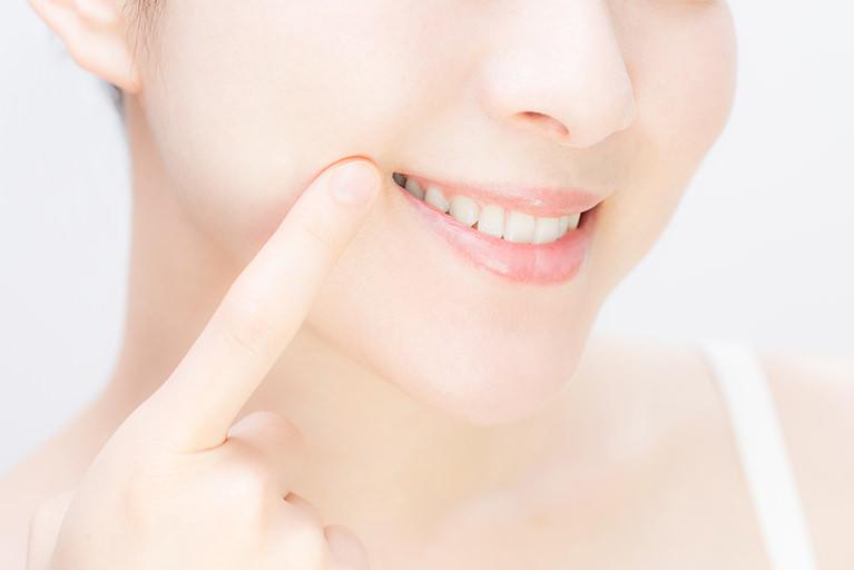 歯を白く美しくするホワイトニング