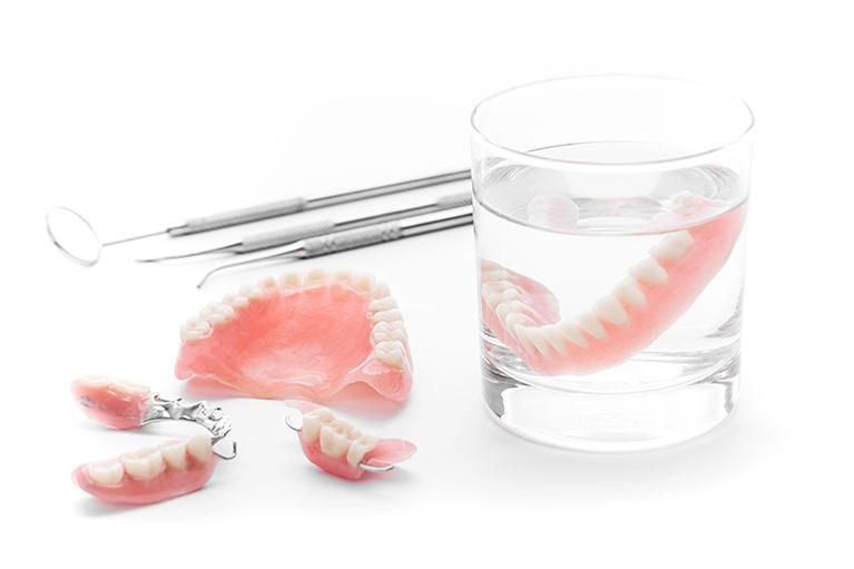 噛み合わせのバランスを重視した入れ歯治療